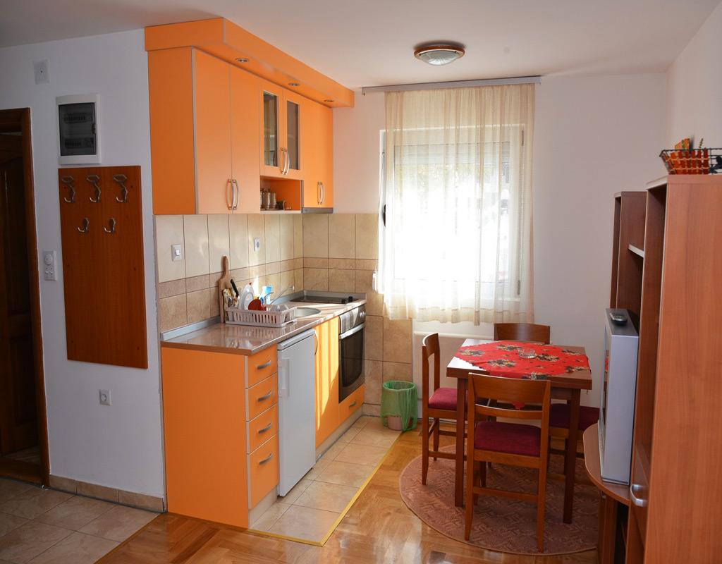 Apartmani-zlatibor-apartman-ljiljana-slika-7