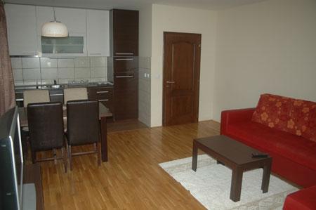 Sprat Apartman Kaca Slika 2