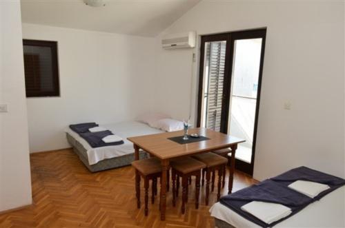 apartmani-budva-becici-casa-natale-5