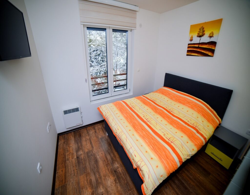 Apartman Nada 12